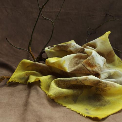 Ořech a zlatobýl - vlněný šál S33 - eco print