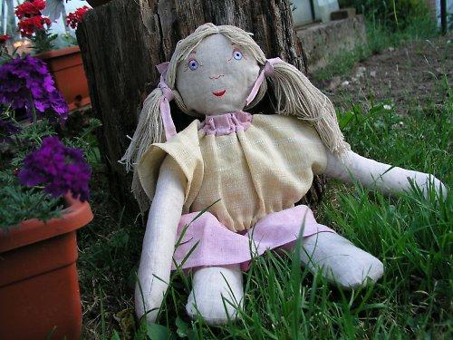 Růženka -  látková panenka ze 100% lnu