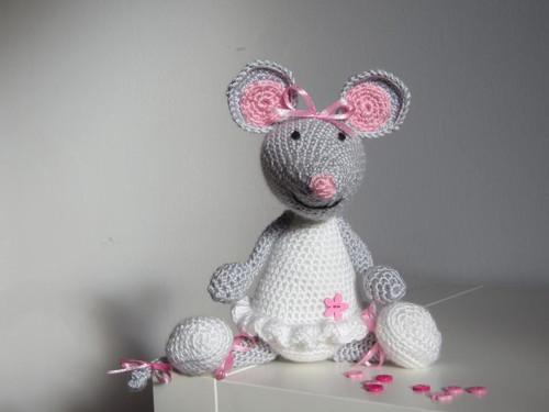 Myší slečna Bělinka