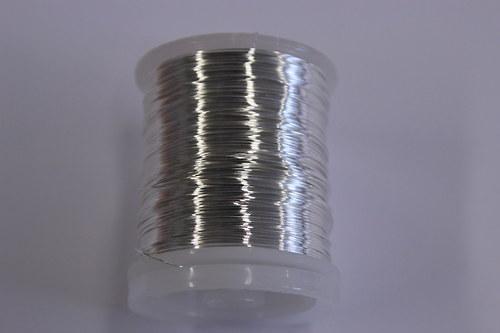 Měděný drátek 0,5mm - stříbrný, návin 19-21m