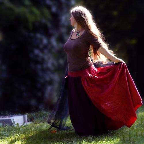 Brunatné slunce rudě zasvitnulo ...maxi sukně M