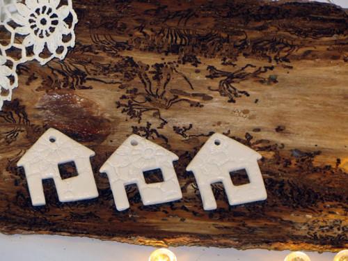 Domčeky čipkovane