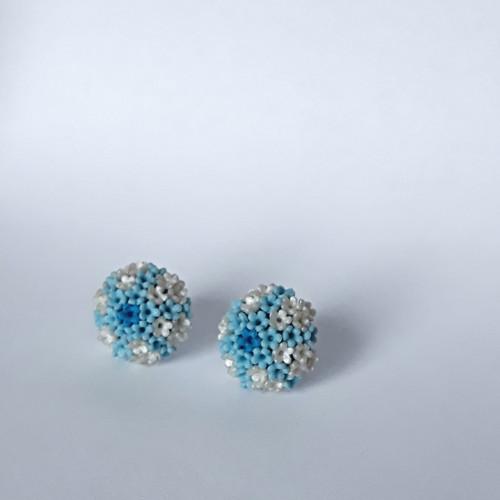Květinky modro - smetanové