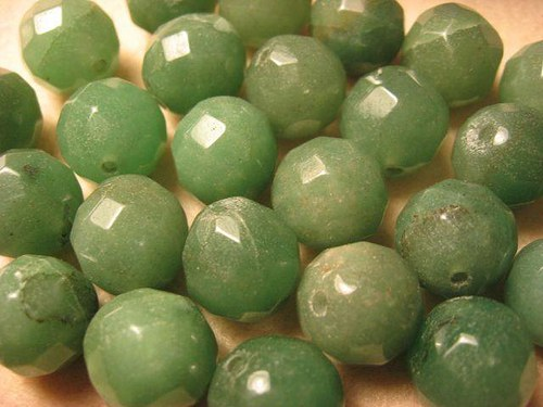 Aventurín zelený korálky fazet. 12 mm (cena 3 ks)