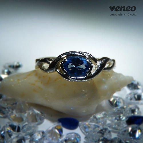 Heméra - prsten se safírem