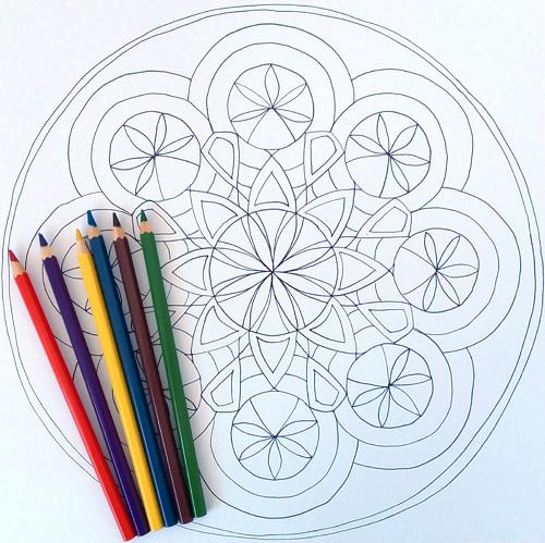 Mandala k vybarvení velká 16