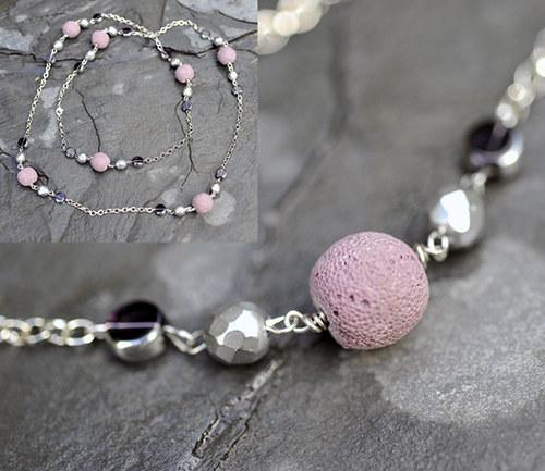 Řetízkový náhrdelník s korálky z lávy N0074V