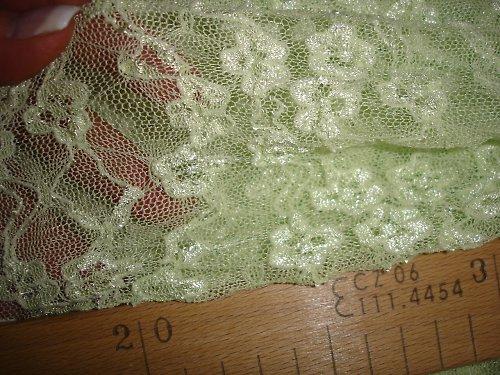 zelená krajka 0,75cm šíře 135