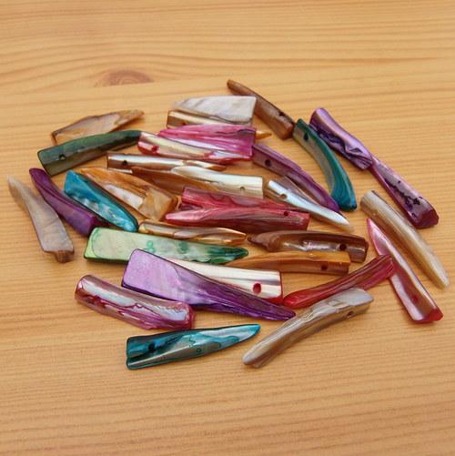 Perleťové zuby - barevné - 8 kusů