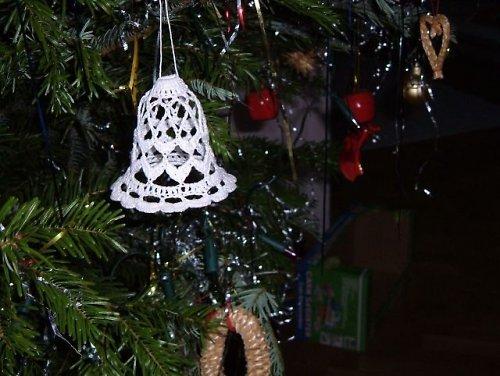 Háčkovaný vánoční zvonek