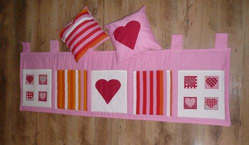 Srdíčkový kapsář v IKEA designu s patchworkem!!