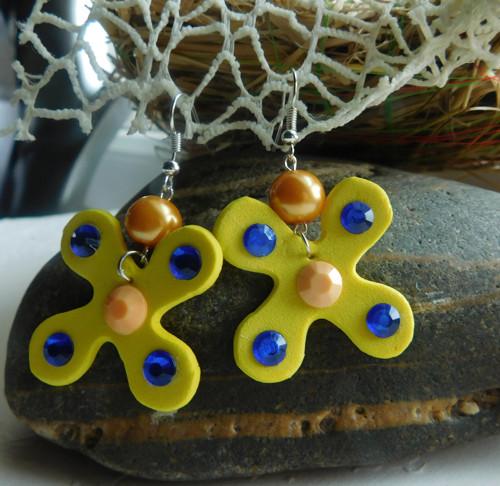 motýliky v žltej