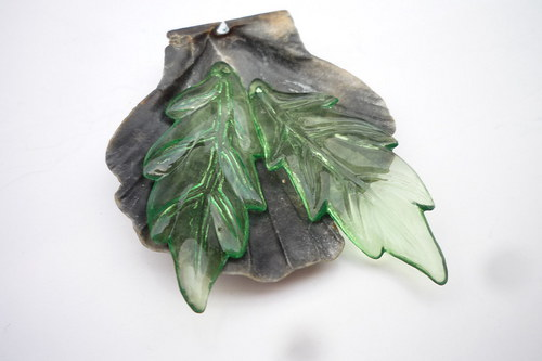 zelené akrylové listy   2ks