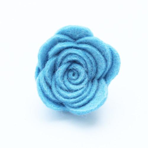 Ozdoba do klopy - ledově modrá květina