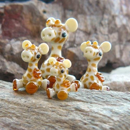 Čtyři žirafy - vinuté perle