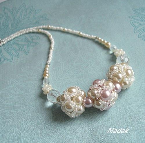 Cleanness  ... šitý náhrdelník, VÝPRODEJ z 345,-