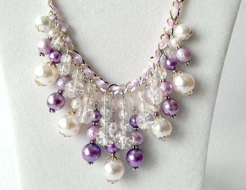 Náhrdelník s perel a korálků