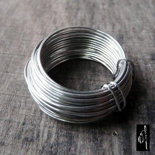 Měkký nerezový drát 0,7, 5 m