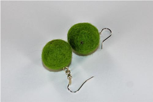 Plstěné kuličky zelené