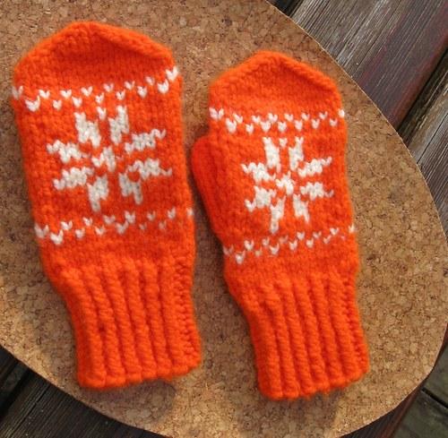 Dětské rukavice -  oranžové se smetanovou  vločkou