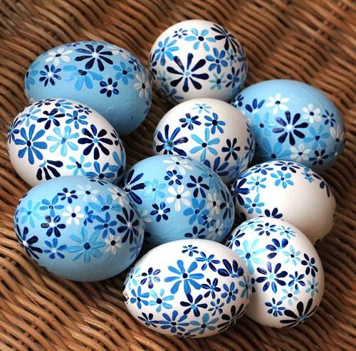 Modro-bílé velikonoční kraslice