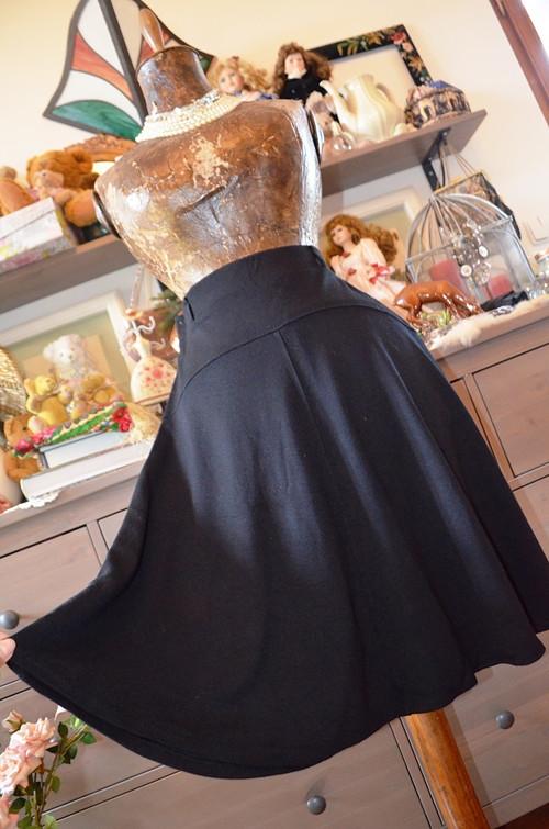 Parádní pohodlná úpletová sukně