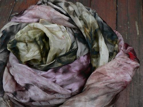 Hedvábný šál veliký spíše olivověrůžový 180x60 cm
