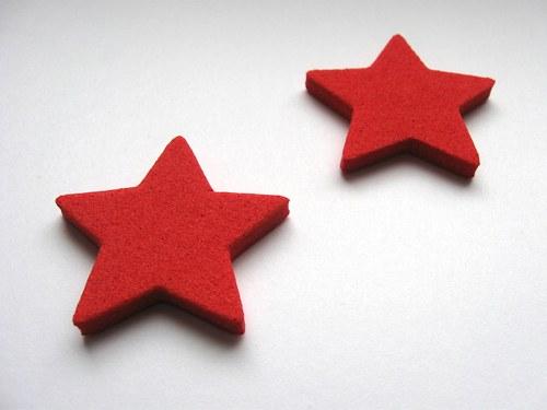 Výsek z pěnové gumy - hvězda červená