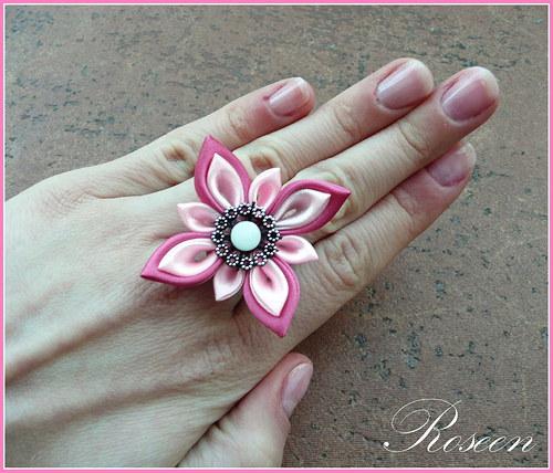 Kanzashi prstýnek Moe
