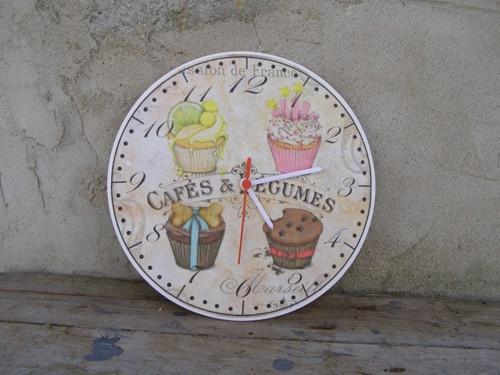 Závěsné hodiny kulaté 24 cm - Dortíky