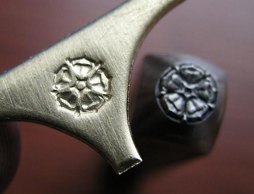 Pětilistá růže - razidlo do kovu