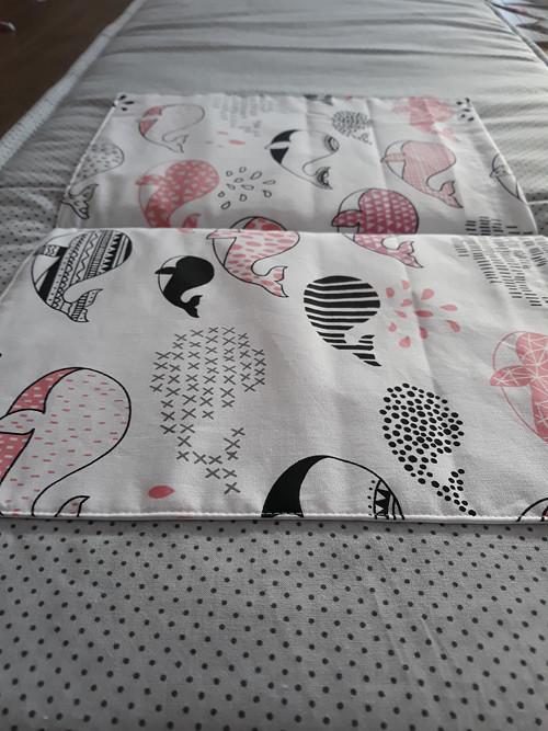 Zástěna / kapsář za postel verlyby