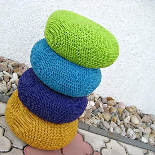 Sedáky s háčkovaným potahem, barva dle výběru - 31