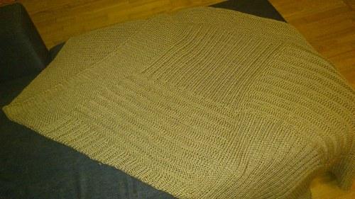Velká pletená deka