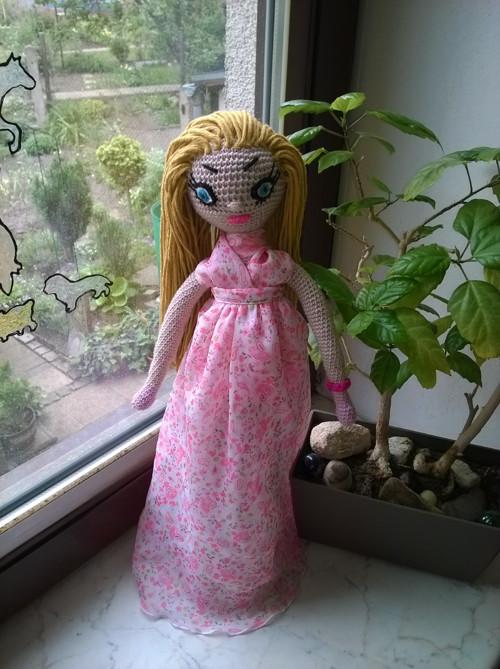Háčkovaná panenka Twiggy