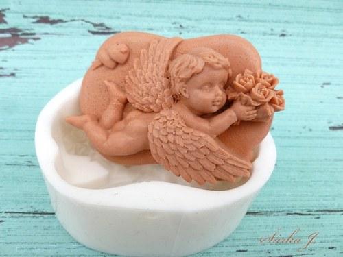 silikonová forma na mýdla - letící anděl