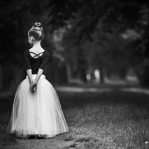 Dlouhá bílá tylová sukně