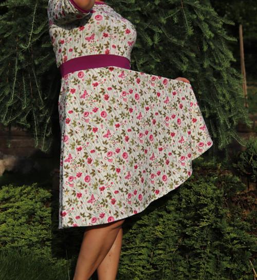 Šaty vílí s lučním kvítím