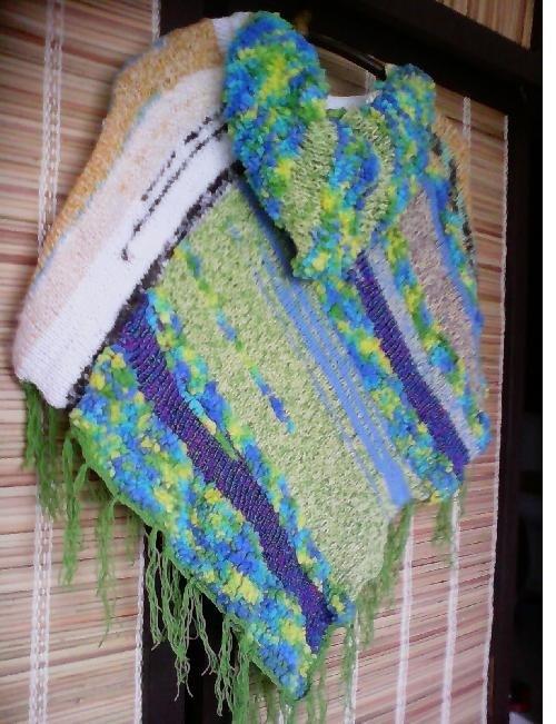 DUHOVÁ -set:pončo s kapucí,návleky,ponožky