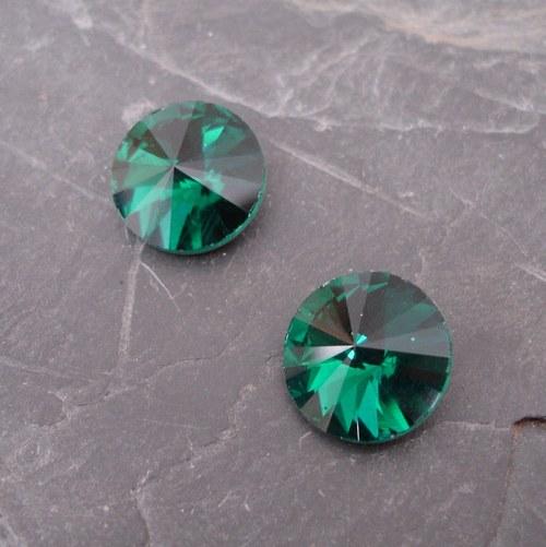 Skleněný broušený kamínek rivoli 16mm - smaragdový