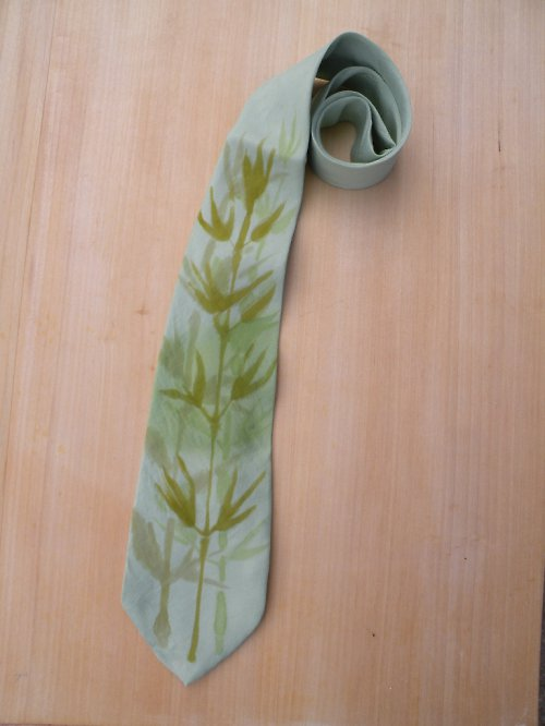 Kravata s bambusem