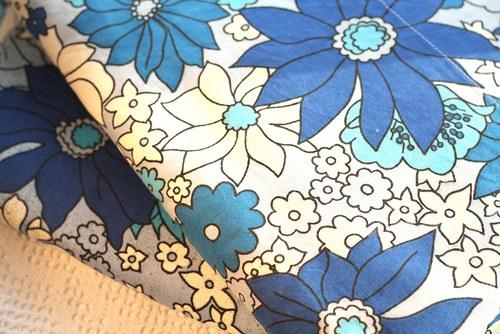 Bavlna s květy