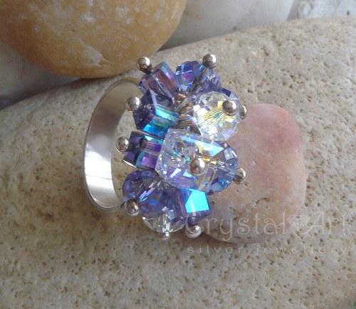 Strieborný prsteň s krištáľmi Swarovski