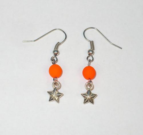 Oranžová neonka se stříbrnou hvězdičkou