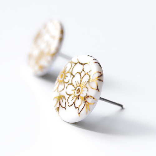 Porcelánové náušnice - Pecky zlaté květy