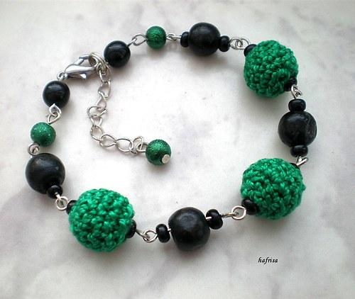 Zeleno-černý náramek-sleva z 61 na 55Kč