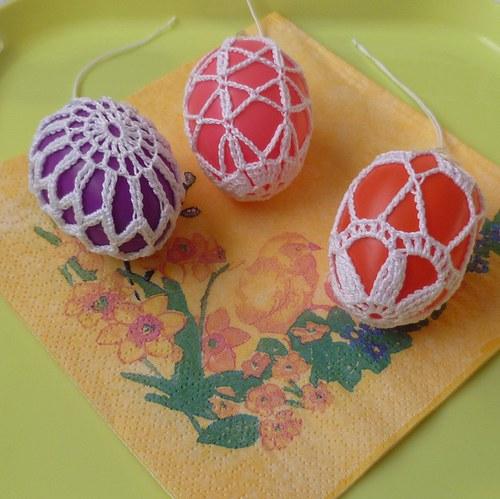 V tónech fialové a červené - sada 3 ks vajíček