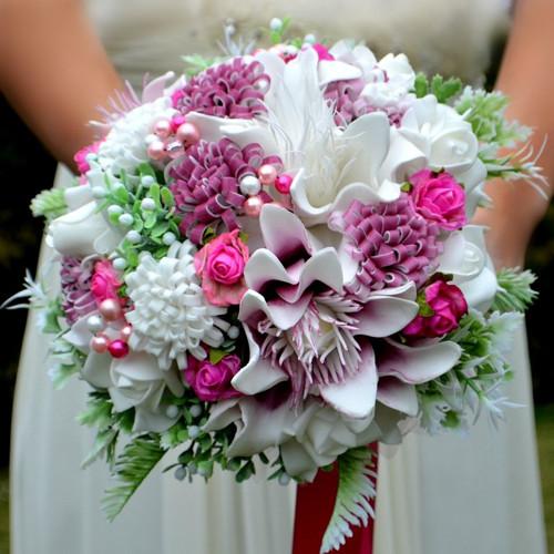 Svatební kytice Arneth cyklamen, korsáž a spona