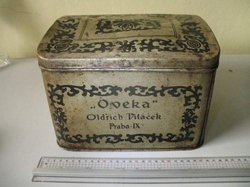 Prvorepubliková plechová krabice OVEKA