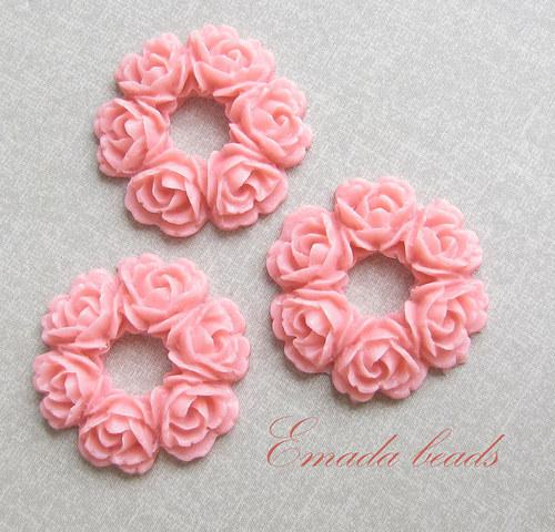 Resin věneček, kabošon růžová 2,9 cm